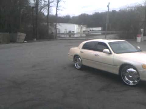 Lincoln Towncar On 24s Youtube