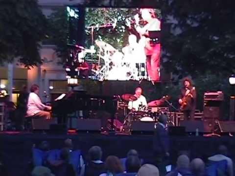 Crimson Jazz Trio - Wilmington, DE, 2006-06-05, set 1