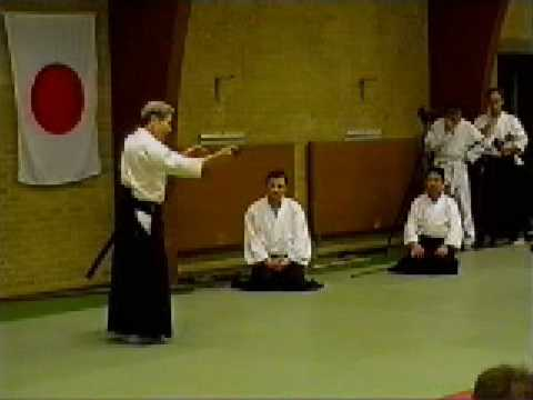 Shoji Nishio Aikido Toho Iai 09 Tsukekomi Tsuki Kotegaeshi