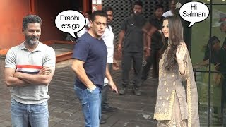 Salman Khan B@dly IGN0RES Brother Arbaz Khan's G!RLFRIEND Georgia In Front Of Whole Media