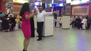Karslı kardeşler adem baba oynar mutlu baba çalar