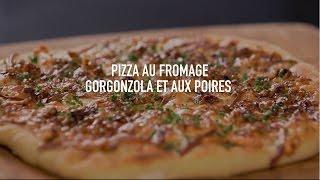 Pizza au fromage gorgonzola et aux poires de Panasonic
