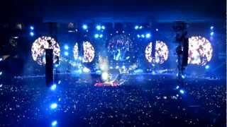 coldplay live in turin amazing opening mylo xyloto hurts like heaven in my place