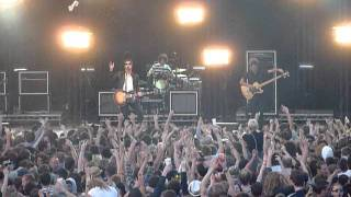 The Courteeners - The Opener - Live @ Delamere Forest - 2/7/2011