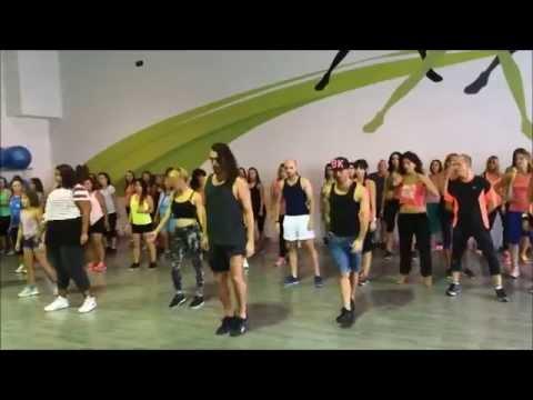 Gimnasios dreamfit con rafa mendez en dreamfit youtube for Gimnasio dreamfit