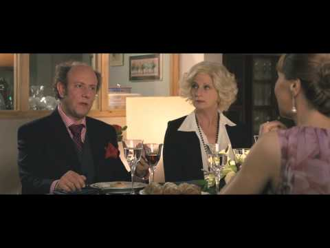 Un Boss in Salotto - Cena - Clip dal film | HD