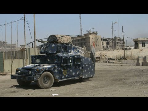 Mines shake Iraqi forces, civilians in Mosul's Old City