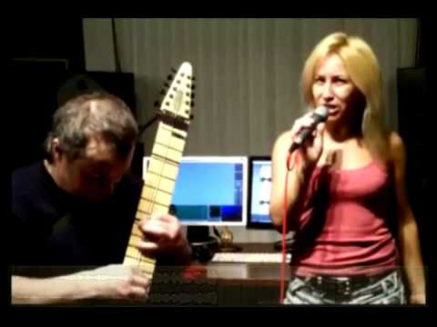 Looking In on Chapman Stick (not Mariah Carey)