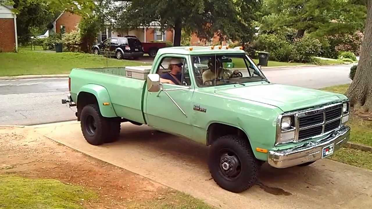 Cummins Dodge 93 big green - YouTube