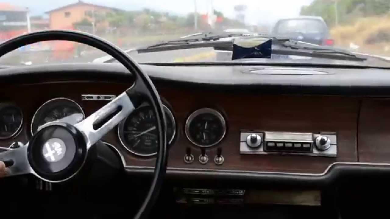 "Alfa Romeo Giulia Gt Junior 1300 ""scalino"" - YouTube"