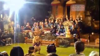 Tari Taruna Jaya oleh Ni Luh Menek