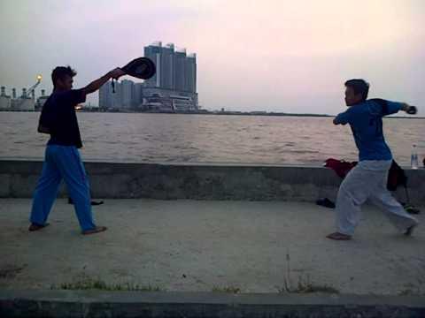 Taekwondo 540 kick dan 360 kick thumbnail