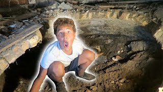 DIGGING OUT THE ENTIRE SECRET ROOM!!!!
