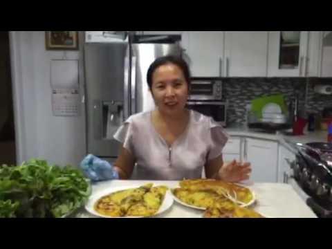 Bánh xèo - New York / Vietnamese half moon rice pancake