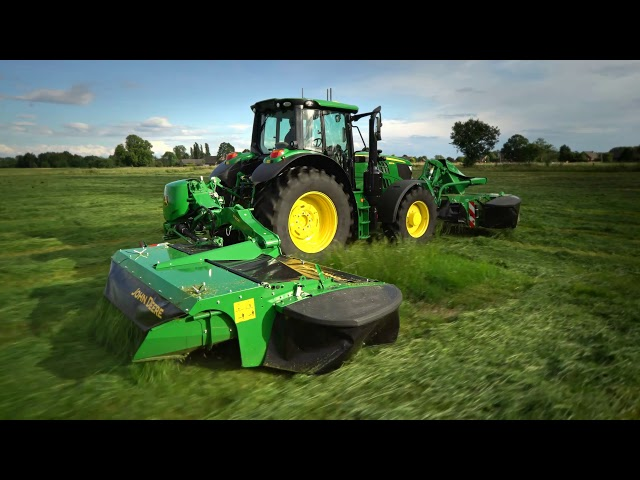 The new R310R mower-conditioner with vertical transport position | John Deere
