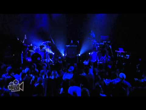 Alabama 3 - Crowd (Call for Encore) (Live in Sydney) | Moshcam