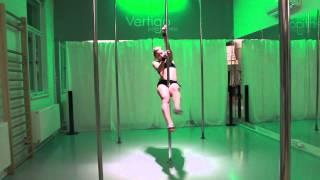 POLE DANCE Training Tips: Spinning Pole *2*