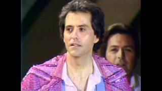 R.C. Bannon Wins Top New Male Vocalist - ACM Awards 1980