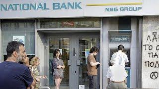 Grecia. Code ai bancomat ad Atene dopo annuncio chiusura banche