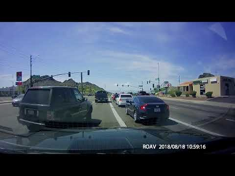Range Rover thinks he has right of way over everyone
