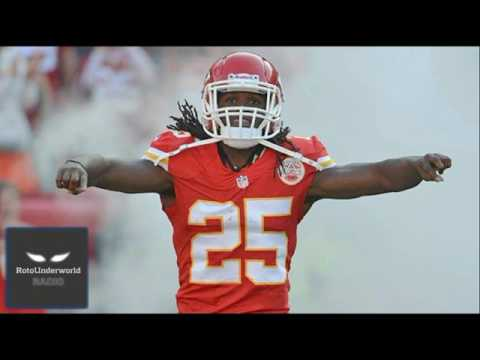Jamaal Charles vs. Adrian Peterson: Which washed up RB will make the bigger fantasy football impact?