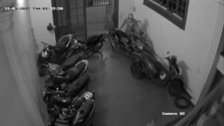 cảnh báo trộm bẻ khóa xe sh 31 1 2017  trong nhà