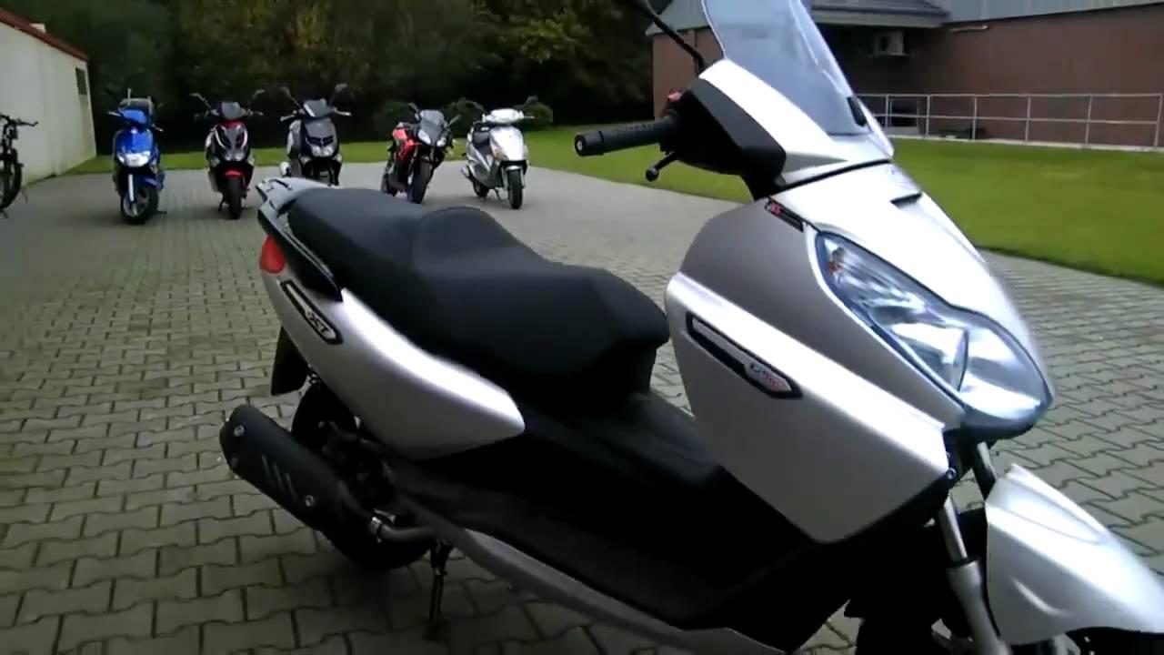 piaggio x7 125 i e 10 roller scooter youtube. Black Bedroom Furniture Sets. Home Design Ideas