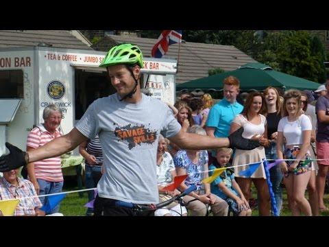 Ben Savage & Joe Flatley - Savage Skills - Bike Stunt Display Team - Cowling Gala 2014 Part 1-2
