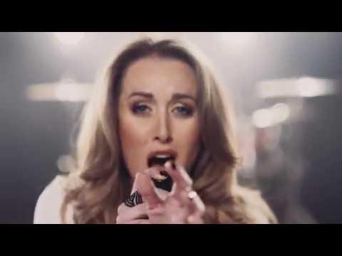 Liza Bronner – Verlief Op Die Idee Van My (Offisiële Musiek Video)