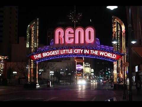 Walking Around Reno (Nevada) & Virginia Street