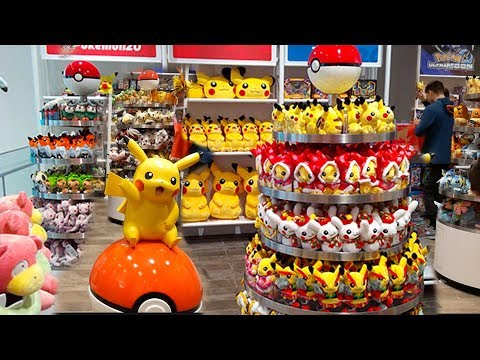 REAL LIFE Pokemon Center in New York City!!