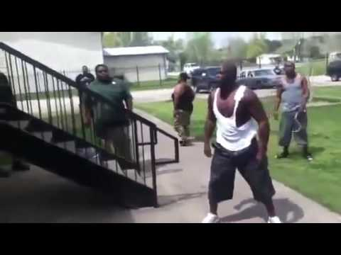 Two Guys fighting in the Ghetto