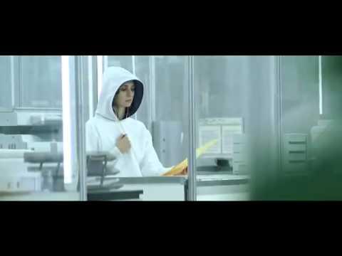 Motorola Xoom Full Superbowl Commercial (Motorola-Empower-the-People)