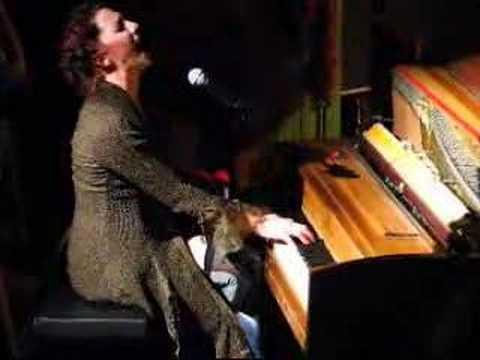 Amanda Palmer - Hallelujah (cover)