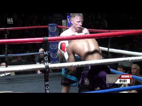04 Jamie Curley vs Mikey Sakyi