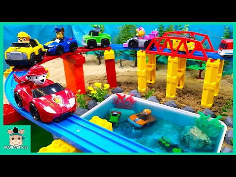 Toys assembly videos for kids   Build swimming pool for Pinkfong Shark family   MariAndToys