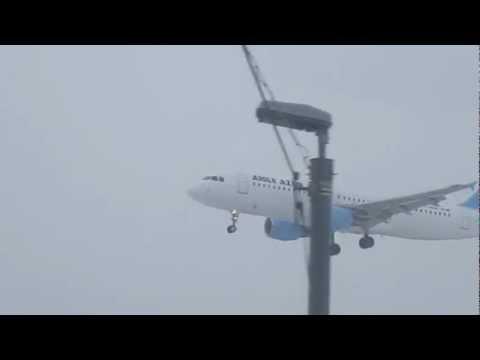 Внуково A320 AUGULE AZUR 29.03.13