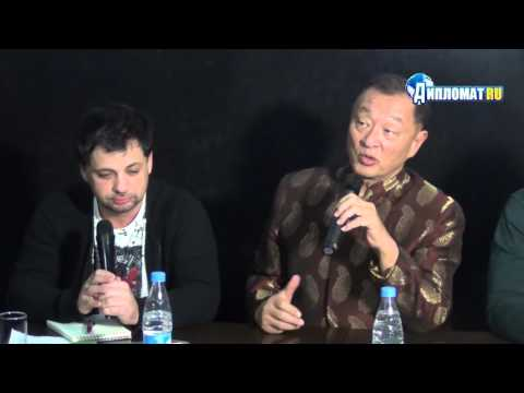 Кэри-Хюроюки Тагава представил фильм «Иерей-Сан. Исповедь самурая»