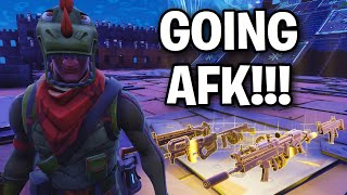 I acted like a NOOB while trading my RARE GUN! 😱🤯 (Scammer Get Scammed) Fortnite Save The World