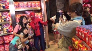 スパイダーマンになってUSJでボランティア活動してきた! 後半 thumbnail