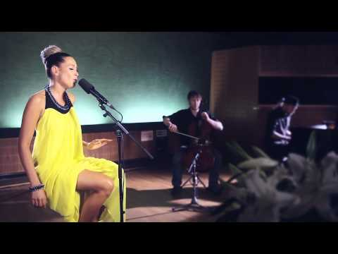 Mandy Capristo - Closer (Akustik Version)