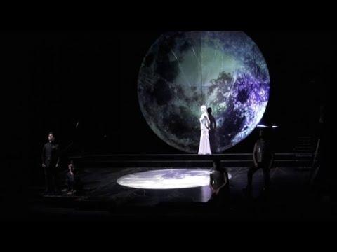 All'Eliseo la Salomè di Oscar Wilde, con una lunare Gaia Aprea