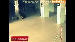 Sakarya'da öfkeli ağabey silahla okul bastı.