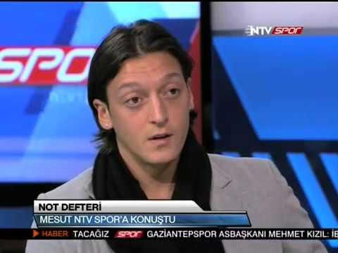 Mesut Özil'in Açıklamaları ve Ata Demirer'in Yorumu