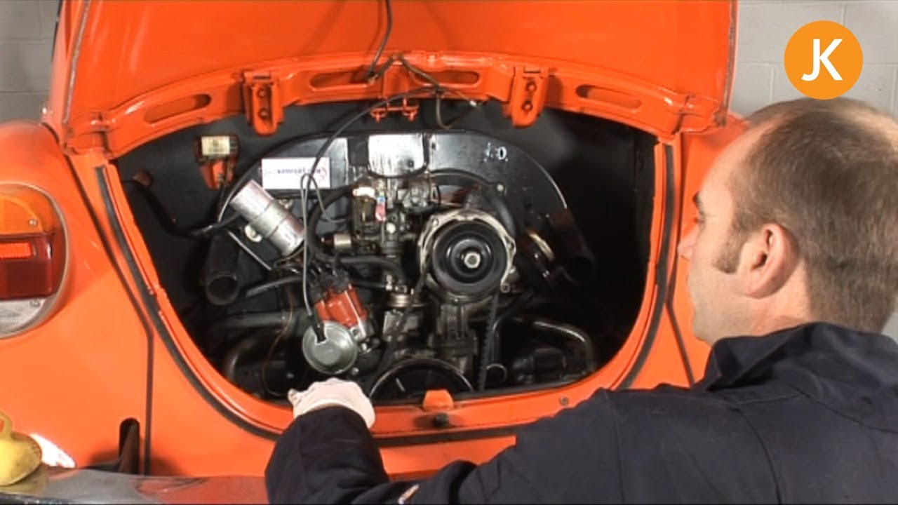 How To Remove An Air-Cooled VW Engine (1/3) - YouTube