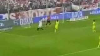 Müslüman Futbolcu Böyle Olur ( Türk Futbolculara Örnek Olsun )