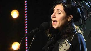 PJ Harvey - The Last Living Rose (Live at Skavlan 2012)
