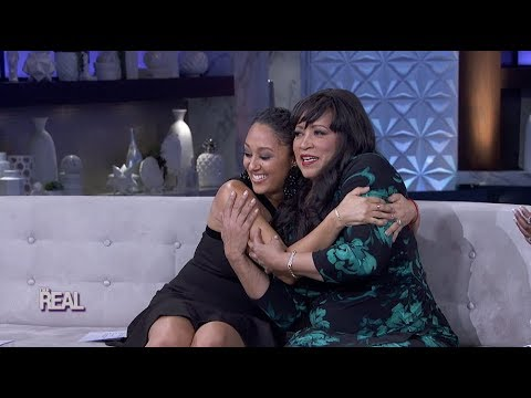 Jackee Harry Reveals How She Was Able to Tell Tia and Tamera Apart