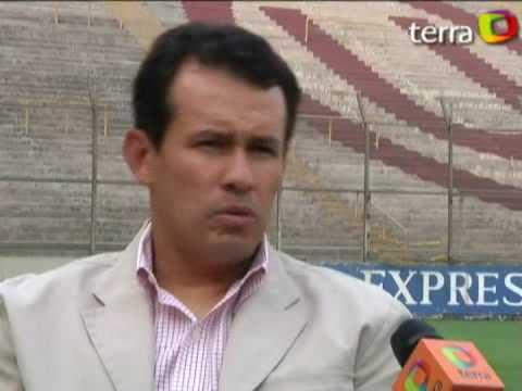 ENTREVISTA DE TERRA PERÚ A JUAN REYNOSO (D.T. UNIVERSITARIO DE DEPORTES) (12-NOV-2009)