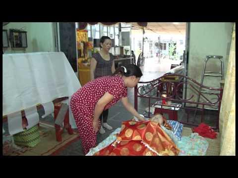 Lễ tang bà Nguyễn Thị Sa, mất ngày 02/05/Quý Tỵ - Hưởng Thọ: 76 tuổi (part1-disc1)